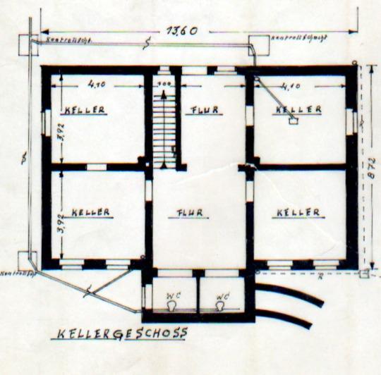 und am ende der stra e steht das haus am see block immobilien. Black Bedroom Furniture Sets. Home Design Ideas
